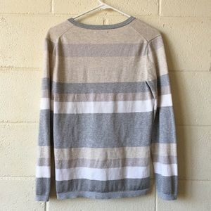Tommy Hilfiger Sweaters - Tommy Hilfiger Striped Pullover Sweater Medium